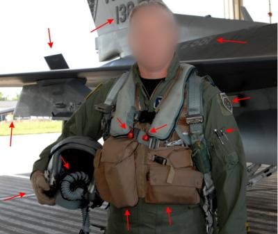Αυτός είναι ο αληθινός πιλότος των ΗΠΑ που υποδυόταν ο ψευτογιατρός